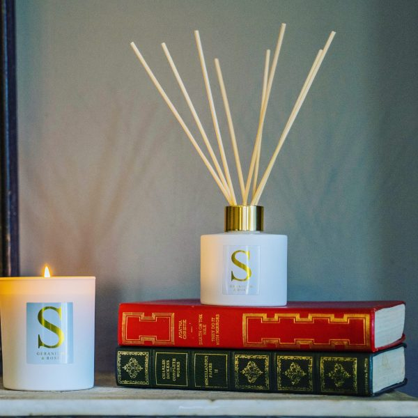 Art and wellbeing. Candles and fragrances.